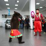дрессированный медвежонок, дрессированный медведь на свадьбу